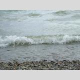 Binnengewässer /Kleine Welle am Chimsee