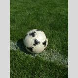 Mit Ball gespielt /Bereit zum Anpfiff