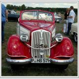 Autos alt (und neu) /Oldtimer in red