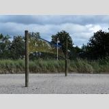 Mit Ball gespielt /zu windig für Beachvolleyball