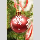 Weihnachtliches /Kugel mit Schneeflocke