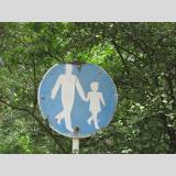 Geschriebenes und Gemaltes /DDR-Fußgänger