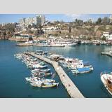 Türkei /wartende Boote im Hafen von Antalya